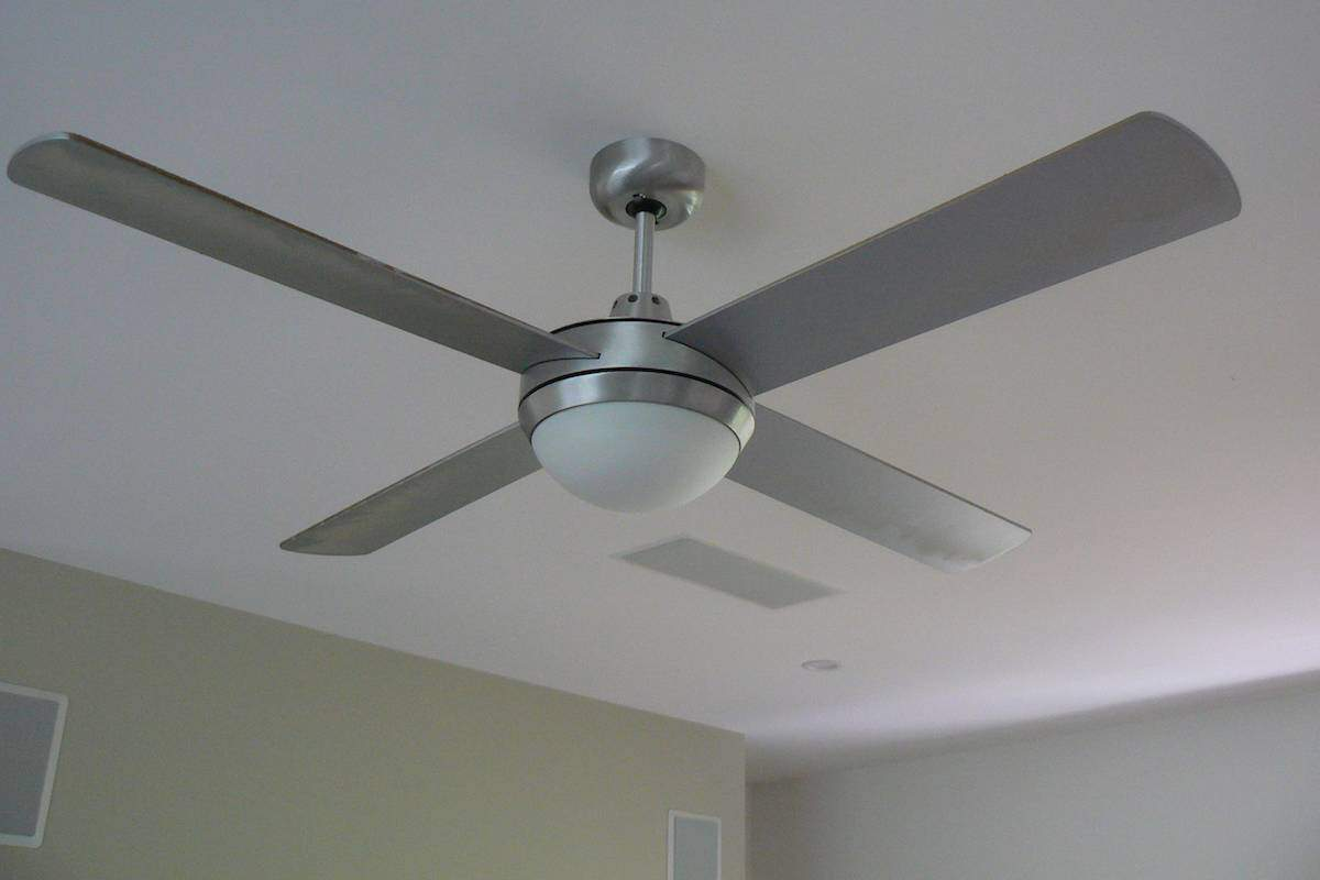 using reverse cycle fan in eco-home design